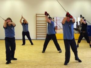 Schwertkampf lernen: Solo-Übungen mit dem Langen Schwert