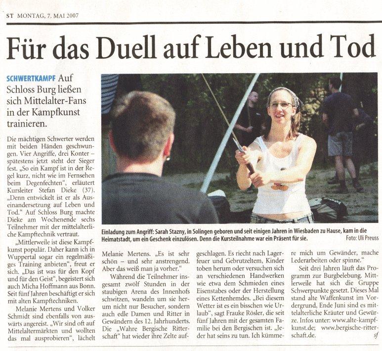 Das Solinger Tageblatt über die 'Alte Kampfkunst' auf Schloss Burg